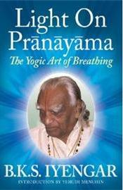 Light_on_Pranayama_US